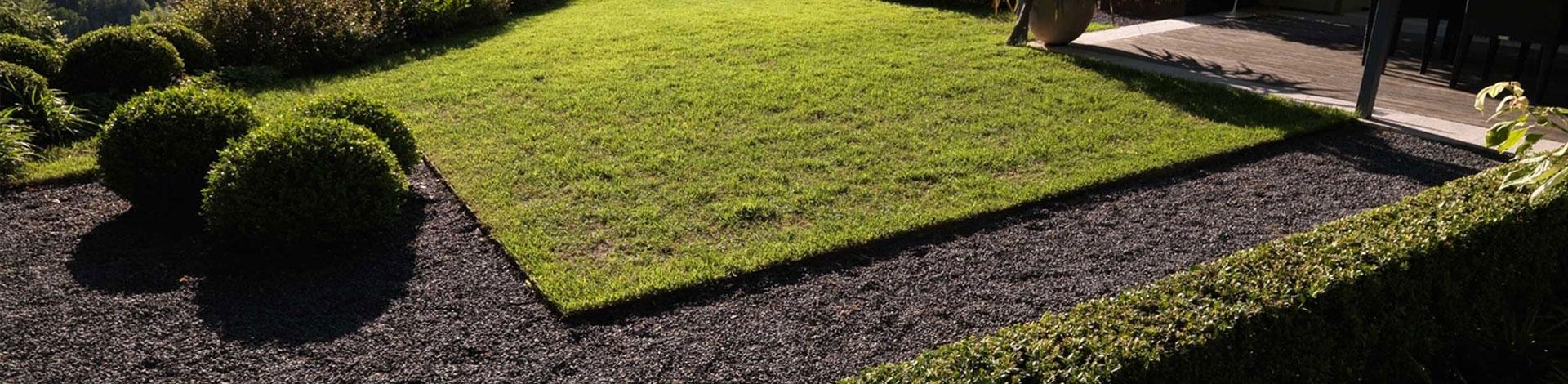 Pavimenti esterni pavimenti giardino pavimentazione for Arredi esterni per terrazze