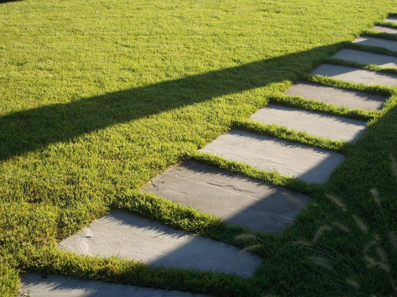 Pavimentazioni in pietra - Pavimentazione giardino in pietra ...