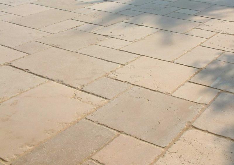 Pavimento In Pietra Di Trani : Pavimentazioni in pietra